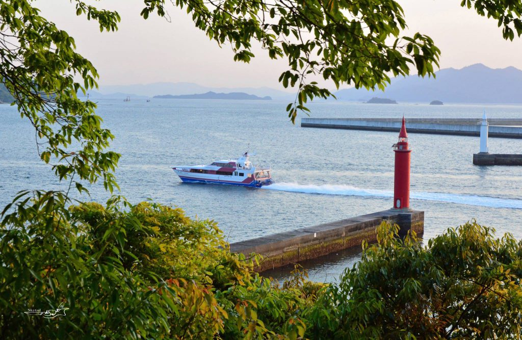 広島港灯台